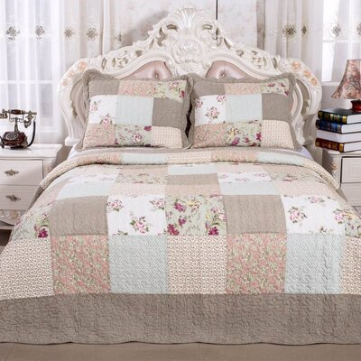 English Roses Quilt Set Size: Full/Queen
