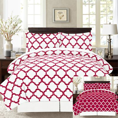 8 Piece Reversible Bed-In-A-Bag Set Size: Queen, Color: Burgundy/Black