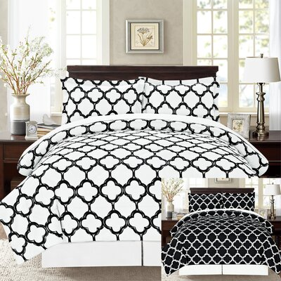 8 Piece Reversible Bed-In-A-Bag Set Size: Queen, Color: Black/White