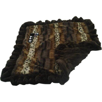 Blanket Dog Mat with Soft Fabric Size: Medium (36 W x 28 D)