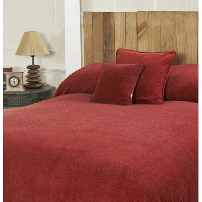 Melange Chenille Bed Coverlet Color: Real Red, Size: Full/Queen