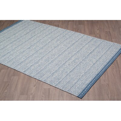 Back Forty Reversible Hand Tufted Wool Ivory/Blue Area Rug Rug Size: Rectangle 5 x 8
