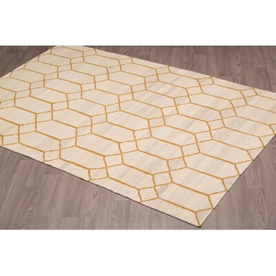 Adilynn Reversible Hand Woven Wool Beige/Gold Area Rug Rug Size: Rectangle 5 x 8