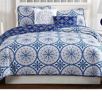 Bobby 5 Piece Reversible Quilt Set Size: Queen