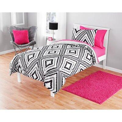 Korey Reversible Comforter Set Size: Twin