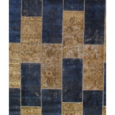 Hand-Knotted Wool Tan/Navy Area Rug
