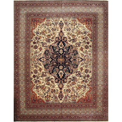 Kermanshah Design Hand-Knotted Wool Ivory Area Rug