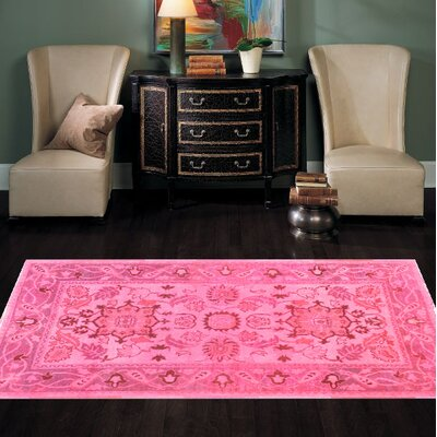 Farahan Hand Knotted Wool Pink Area Rug