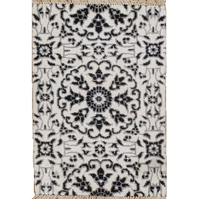 Modern Hand-Knotted Silk Black/Gray Area Rug