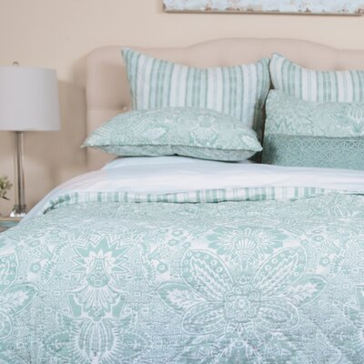 Liana Quilt Size: Queen, Color: Sea Glass