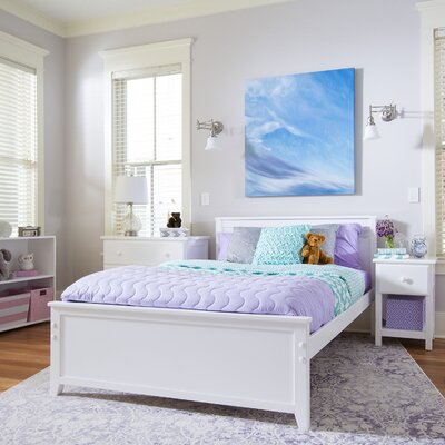 Panel Bed Size: Full, Finish: White