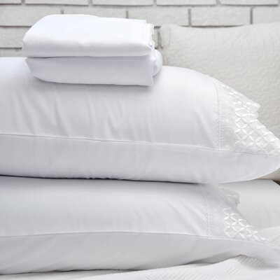 Lace Design Sheet Set Size: King, Color: White