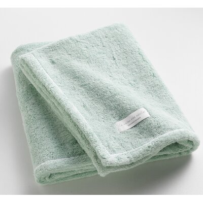 Orchard Ultra Absorbent Bath Towel Color: Aqua