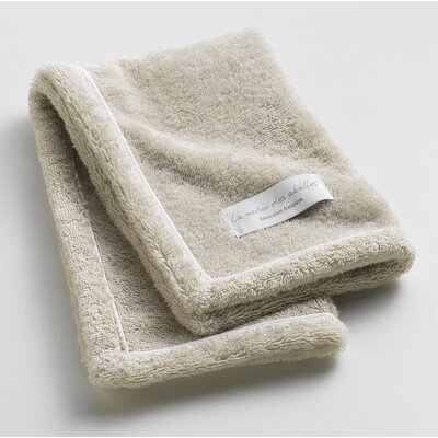 Orchard Ultra Absorbent Hand Towel Color: Linen