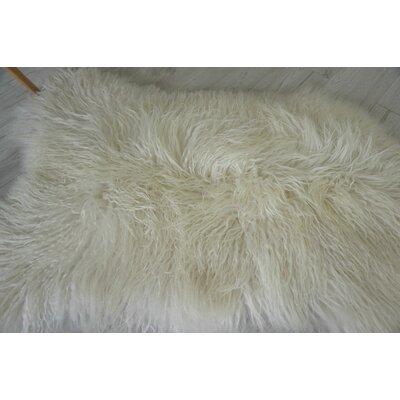 Draven Mongolian Curly Icelandic Sheepskin White Area Rug