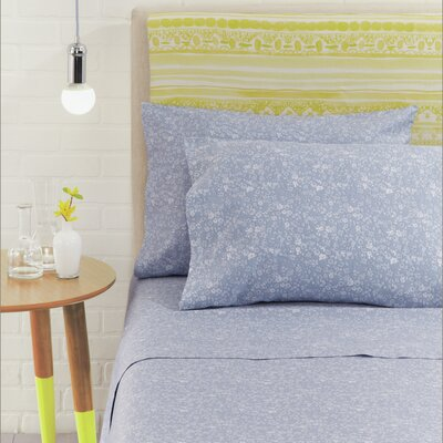 Flora Scatter 4 Piece 230 Thread Count 100% Cotton Sheet Set Size: Queen, Color: Cornflower