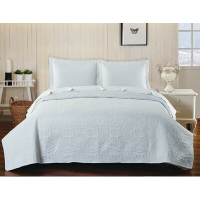 Classic Coverlet Set Color: White, Size: Queen