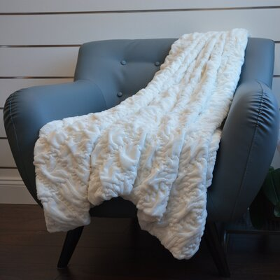 Plush Chunky Quilted Throw Blanket Color: White