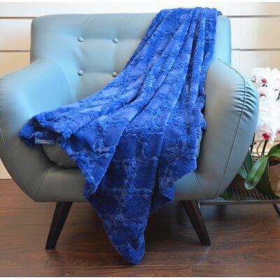 Plush Quatrefoil Throw Color: Dark Blue