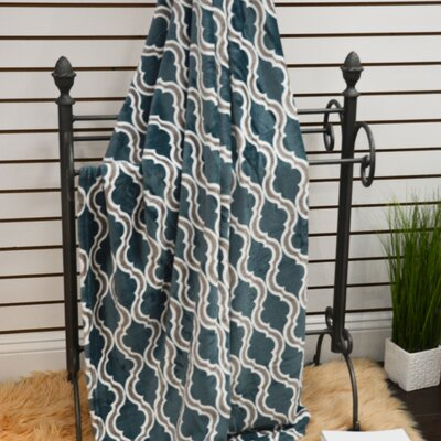 Geometric Plush Soft Throw Blanket Color: Jasper
