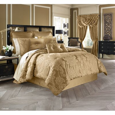 Colonial Comforter Collection