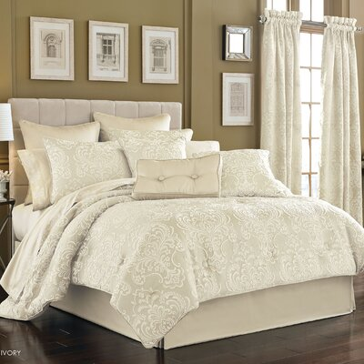 Maureen 4 Piece California King Comforter Set