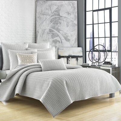 Brott Coverlet Size: Twin, Color: Silver