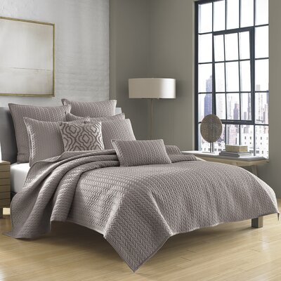 Armida Coverlet Size: Twin, Color: Charcoal