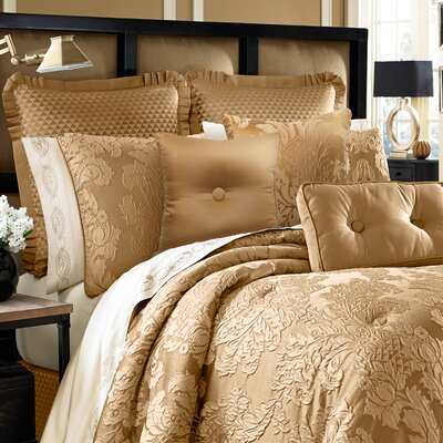 Colonial 4 Piece Comforter Set Size: California King