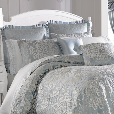Faith 4 Piece Comforter Set Size: Queen