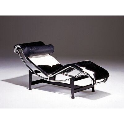 Le Corbusier Chaise Lounge Leather Type: Natural Hide