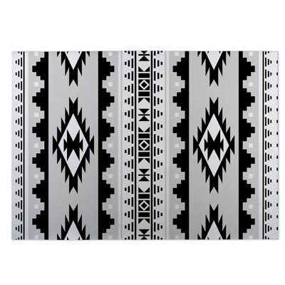 Navajo Indoor/Outdoor Doormat Color: Gray/Black