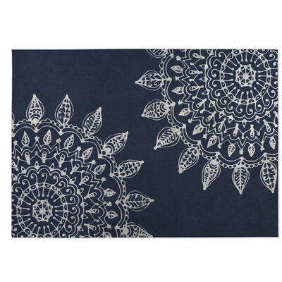 Elora Pinwheel Heena Indoor/Outdoor Doormat Color: White/ Blue
