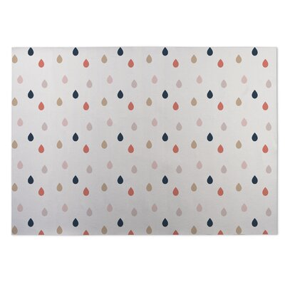 Dew Drops White Indoor/Outdoor Doormat Rug Size: 5 x 7