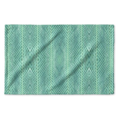 Palms Hand Towel Color: Green