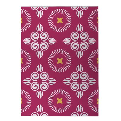 Scrolled Floral Indoor/Outdoor Doormat Rug Size: 4 x 5