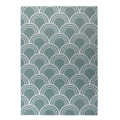 Loops Indoor/Outdoor Doormat Rug Size: 5 x 7, Color: Green