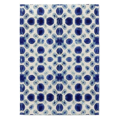 Blue/Cream Area Rug Rug Size: Rectangle 5 x 7