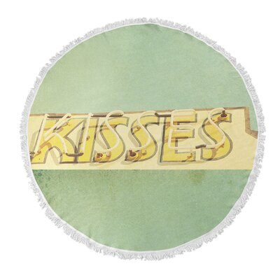 Kisses Round Beach Towel