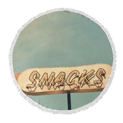 Snacks Round Beach Towel