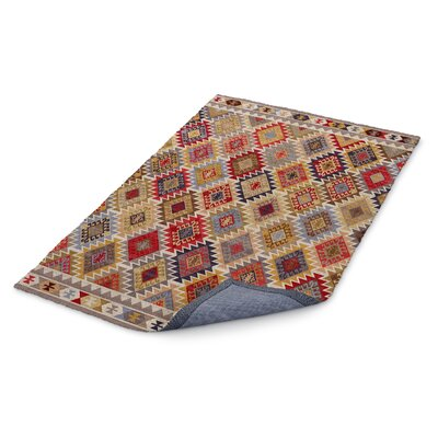 Loraine Western Area Rug Rug Size: Rectangle 5 x 7