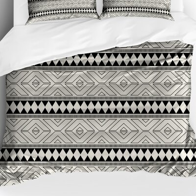 Seattle Lightweight Comforter Color: Black, Size: Twin