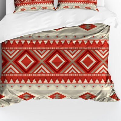 Florencia Lightweight Comforter Size: King, Color: Red