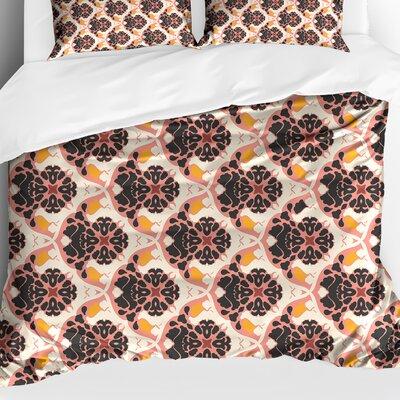 Ginnia Lightweight Comforter Size: Queen