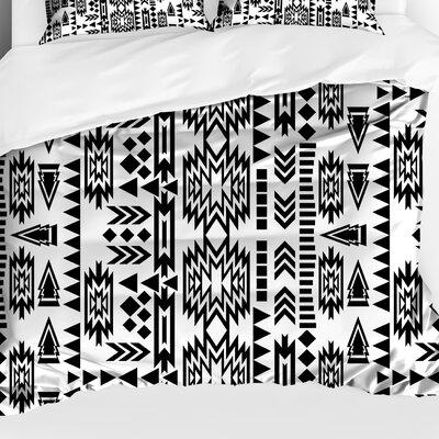 Foster Lightweight Comforter Size: King