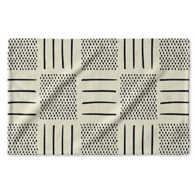 Dalton Symmetry Cloth Hand Towel Color: Ivory