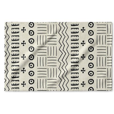 Dalton Geometric Cloth Hand Towel Color: Ivory