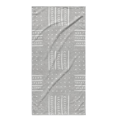 Dalton Symmetry Geometric Cloth Bath Towel with Single Sided Print Color: Grey