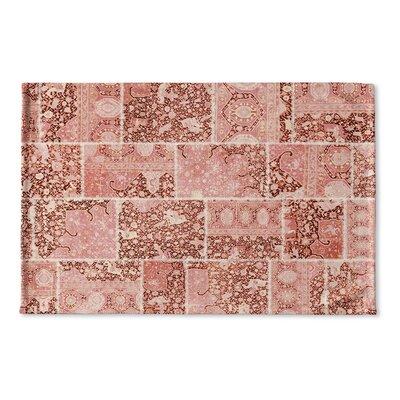 Boho Patchwork Flat Weave Bath Mat Color: Peach/ Ivory