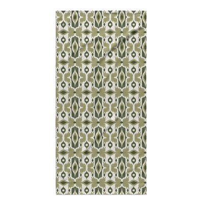 Cosmos Beach Towel Color: Green/ Ivory